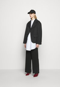 MM6 Maison Margiela - Blazer - black - 1