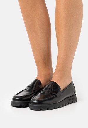 NINJA COLLEGE - Nazouvací boty - abrasivato nero