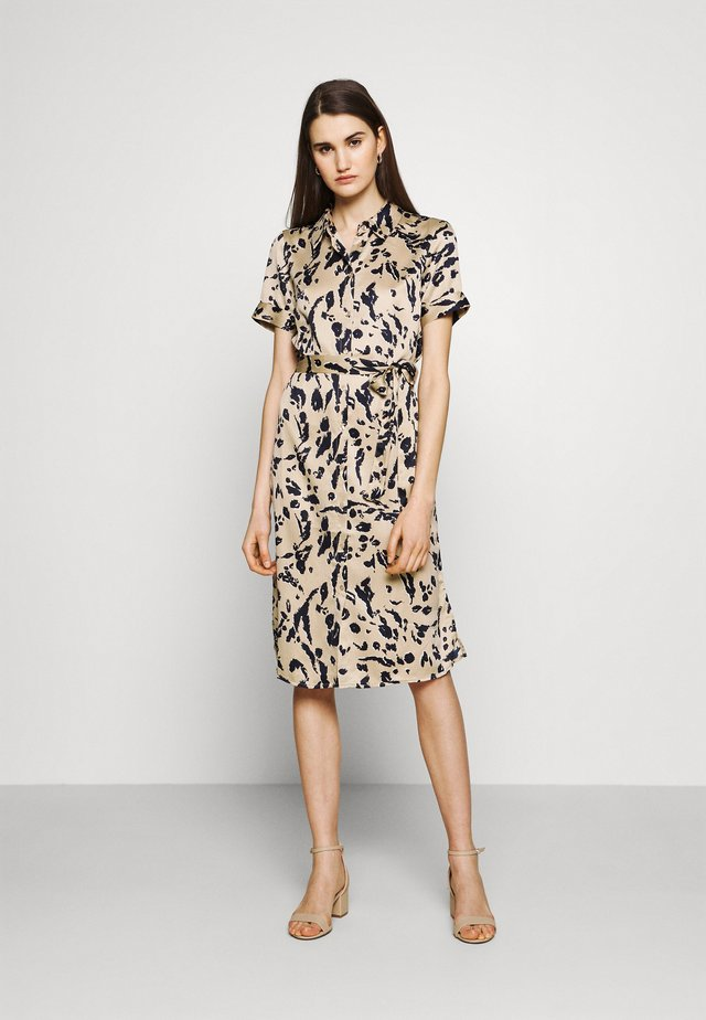 VMHAILEY DRESS - Shirt dress - hailey