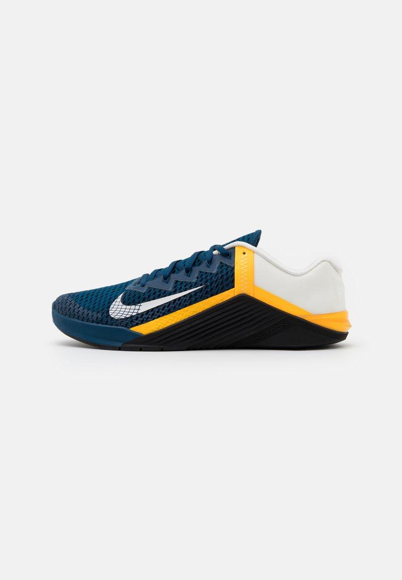 Nike Performance - METCON 6 UNISEX - Træningssko - valerian blue/summit white/laser orange