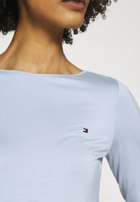 Tommy Hilfiger - BOAT NECK TEE 3/4 - Long sleeved top - breezy blue - 4