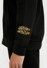 Finn Flare - Tracksuit bottoms - black - 2