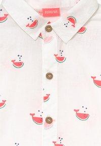 Sunuva - BABY BOYS WATERMELON WHALE  - Shirt - white - 3
