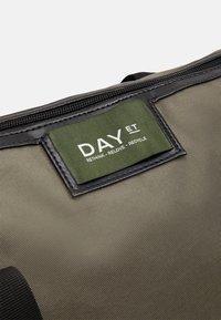 DAY ET - GWENETH BAG - Tote bag - ivy green - 3
