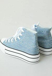 Pimkie - High-top trainers - blau - 2