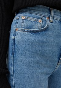 PULL&BEAR - HIGH WAIST - Straight leg jeans - blue - 4