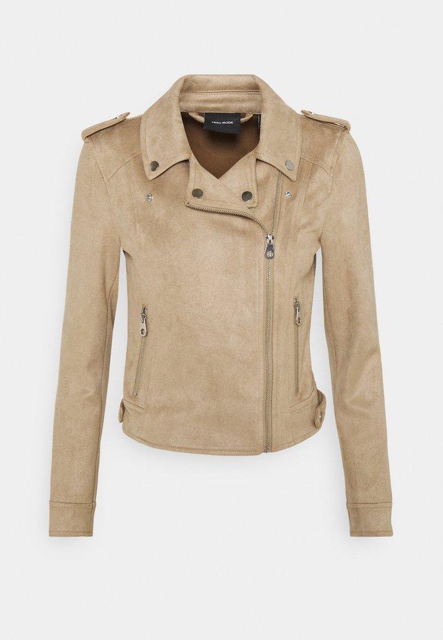 VMBOOSTBIKER JACKET - Faux leather jacket - silver mink