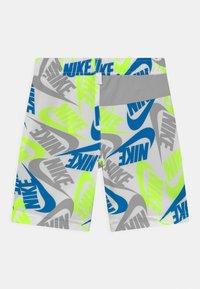 Nike Sportswear - Shorts - white - 1
