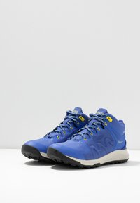 Keen - EXPLORE MID WP - Vaelluskengät - amparo blue/bright yellow - 2