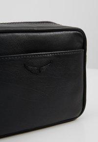 Zadig & Voltaire - BOXY INITIAL - Across body bag - noir - 6