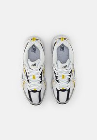 New Balance - 530 - Sneakers - white - 3