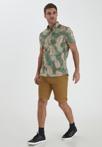 Solid - Shirt - hedge green - 1