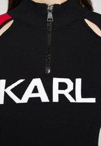 KARL LAGERFELD - BICOLOR LOGO ZIP NECK - Jersey de punto - black - 4