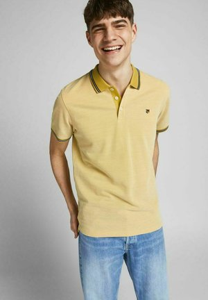 Polo shirt - sauterne