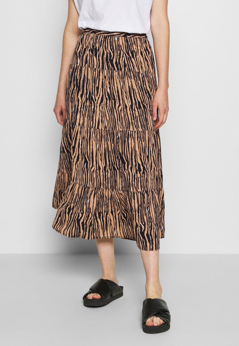 Vero Moda - VMSAGA SKIRT - Maxi sukně - tan/selma