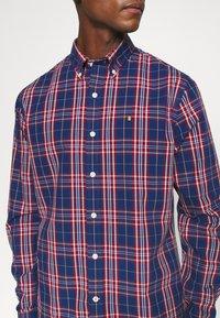 IZOD - POPLIN PLAID - Shirt - estate blue - 4