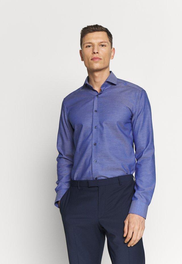 SLIM FIT - Camisa - navy
