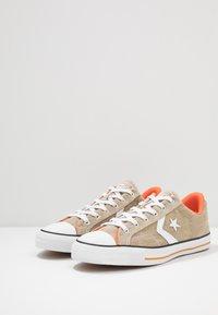 Converse - STAR PLAYER - Trainers - khaki/white/bold mandarin - 2