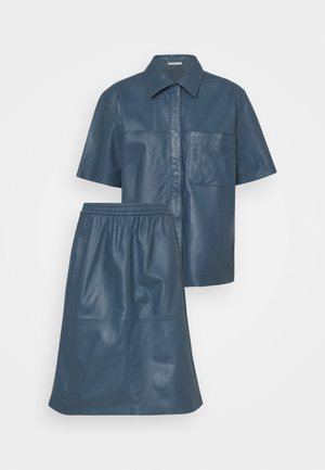 MAJRA SET - Leather skirt - china blue