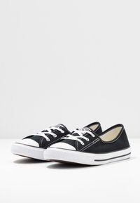 Converse - CHUCK TAYLOR ALL STAR BALLET LACE - Slip-ons - black/white - 4