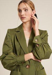 Luisa Spagnoli - VERMUT - Light jacket - verde militare - 2
