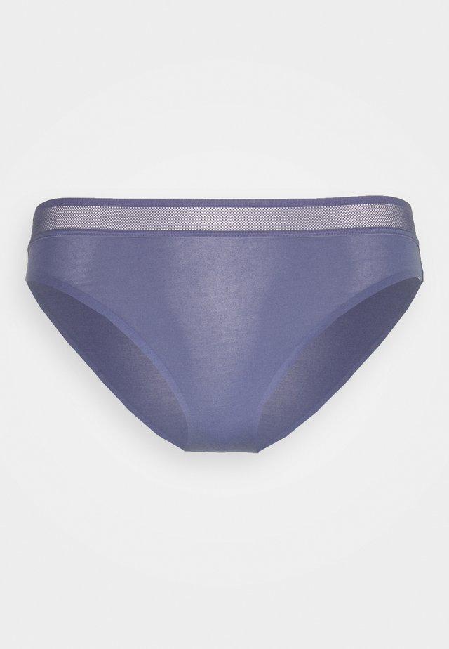 EVER FRESH TAI - Slip - porcelain blue