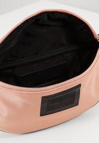 Calvin Klein Jeans - SLEEK STREETPACK - Heuptas - pink - 4