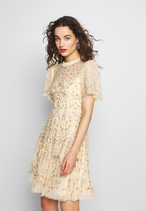 SWEET PETAL SHORT SLEEVE DRESS - Cocktailkleid/festliches Kleid - yellow