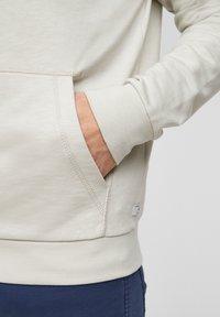 s.Oliver - FELPA - Zip-up sweatshirt - cream - 5