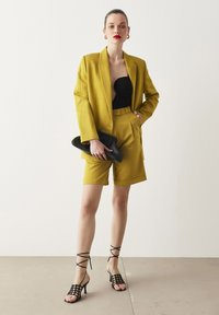 Ipekyol - Short coat - green - 2