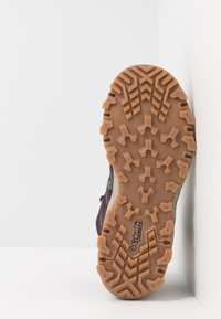 Columbia - PEAKFREAK X2 MID OUTDRY - Hiking shoes - black cherry/columbia grey - 5
