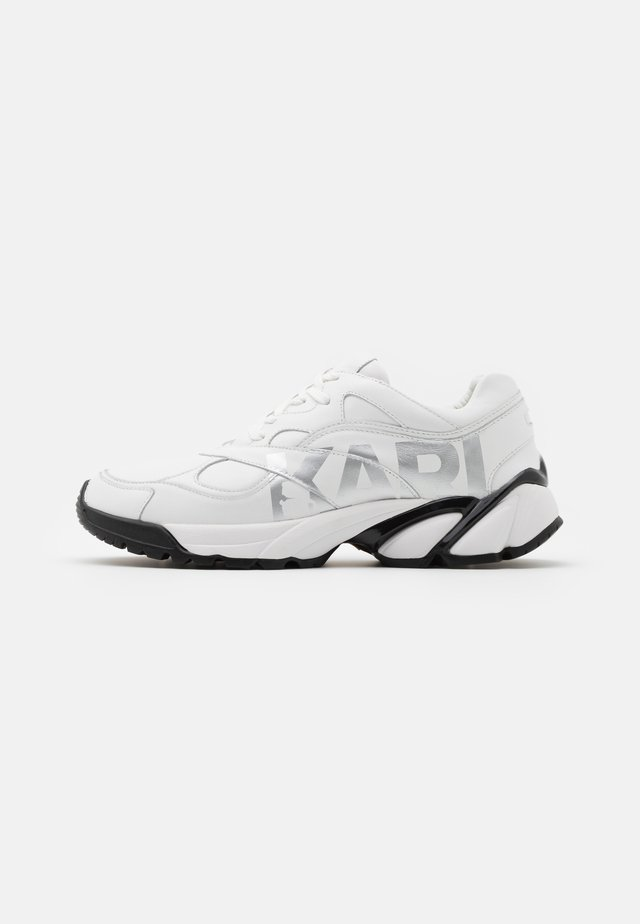 VOLT LOGO LO LACE - Sneakers laag - white/silver