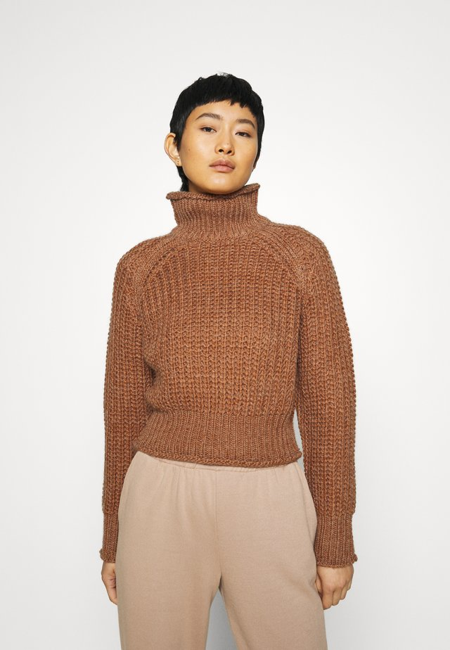 OWN BEAT CHUNKY TURTLENECK - Jumper - nutmeg
