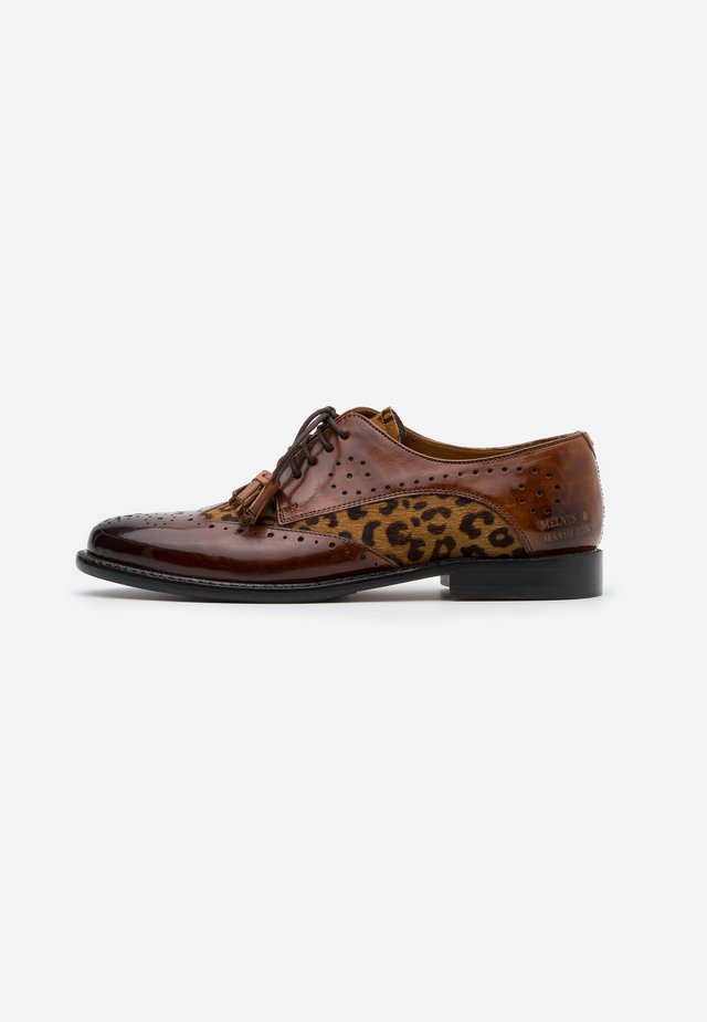 SELINA - Derbies - cognac