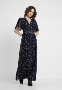 Apart - PRINTED DRESS - Robe longue - midnightblue/multicolor