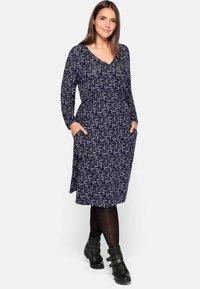 Sheego - Jersey dress - lila bedruckt - 1