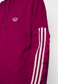 adidas Originals - BELLISTA SPORTS INSPIRED HOODED  - Hoodie - power berry - 5