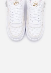 Nike Sportswear - AIR FORCE 1 SHADOW - Sneaker low - white/sail/stone/atomic pink - 5