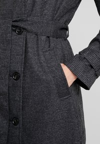 NAF NAF - ACHICKY - Trenchcoats - fantaisie - 5