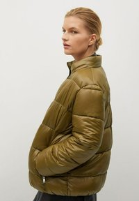 Violeta by Mango - MIT SEITLICHEN ZIPPERN - Winter jacket - mittelbraun - 3