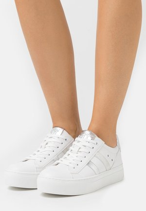 LACE UP - Trainers - white/silver