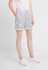 edc by Esprit - BERMUDA - Shorts - off white - 0