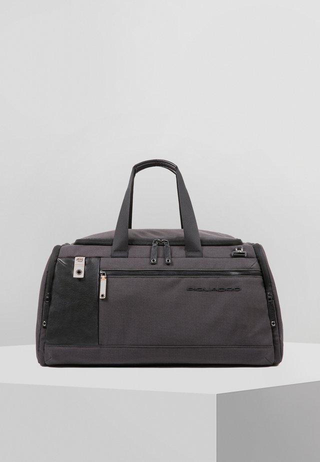 BLADE 55 CM - Reisetasche - black