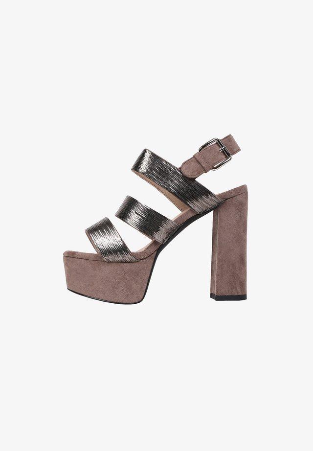 BRITNEY - Sandalen met plateauzool - greyish brown