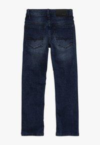 BOSS Kidswear - Jeans straight leg - stone pulverisation - 1
