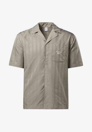 CLASSIC SEASONAL REECYCLED CASUAL - Camicia - grey