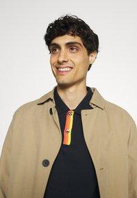 Ben Sherman - PLACKET INTEREST - Polo shirt - midnight - 4