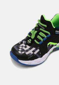 Skechers - MEGA-CRAFT - Trainers - black/blue/lime - 4