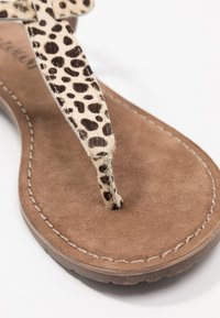 Lazamani - T-bar sandals - beige - 2