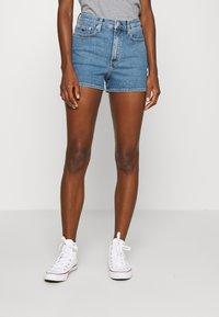 Calvin Klein Jeans - HIGH RISE  - Farkkushortsit - light blue - 0